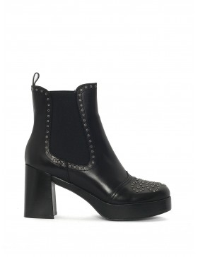 BLACK NEPAL ANKLE BOOT