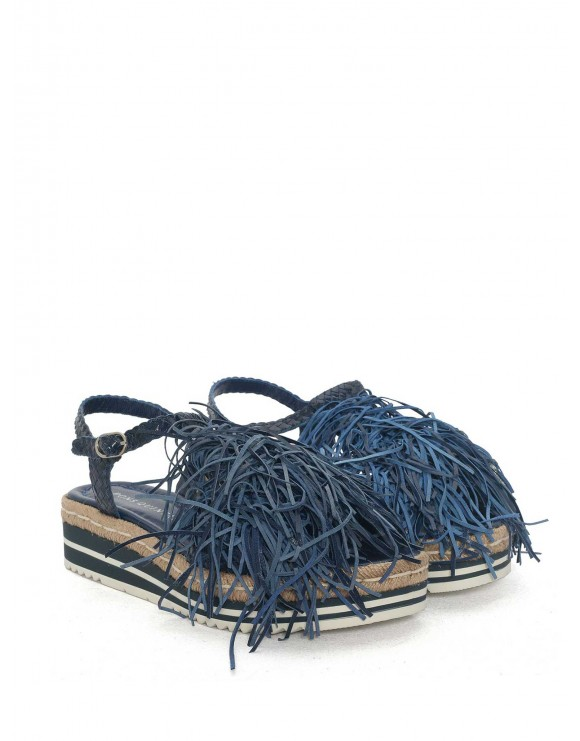 CORAL BRAIDED SANDAL WITH FRINGES