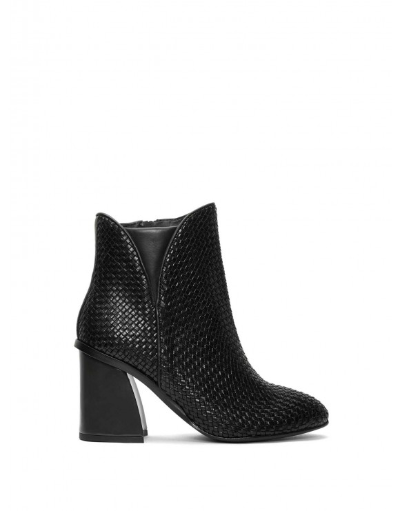NATALI BLACK TRZ KERALA ANKLE BOOT