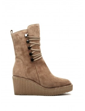 CLAUDIA VELOUR SAND BOOT