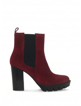 SARA WINE VELOUR ANKLE BOOT